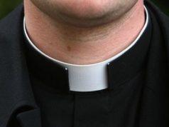 celebra-messa-ma-non-and-egrave-prete-le-regole-della-chiesa-sul-sito-della-diocesi
