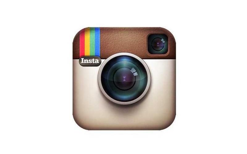 Goodbye tiny camera: Instagram gets a new logo   CreativeReview