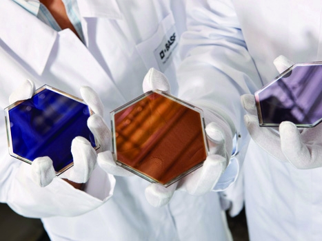 Light fantastic: dye-based cells convert solar energy