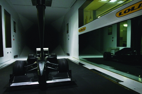 F1 model:wind-tunnel