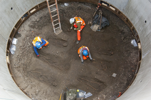 Excavation of a grouting shaft at Charterhouse square uncovered a black death burial pit