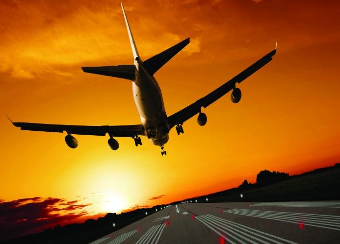 /g/x/w/aircraft_aeroplane_take_off_runway.jpg