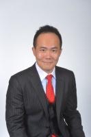 Basil Hwang, Zhong Lun