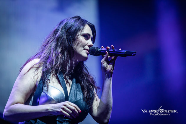 Picture of Within Temptation with German concert photography by Valerie Schuster