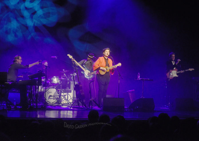 Picture of Madeleine Peyroux in concert with Backstage Live photography by David Gasson
