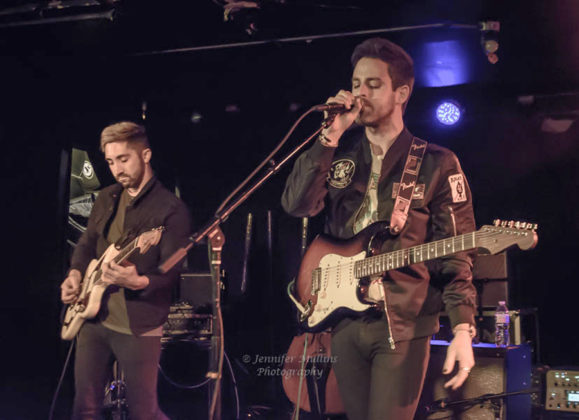 Picture of Wanderer in concert with Pop music photography by Jennifer Mullins