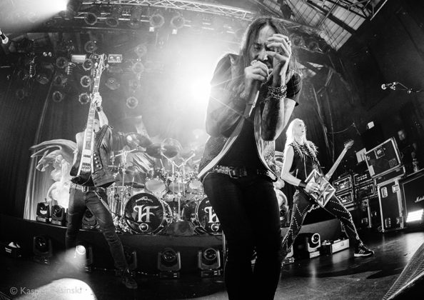 Picture of HammerFall in concert by Heavy metal photographer Kasper Pasinski