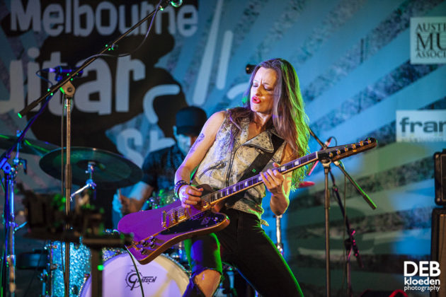 Picture of Melbourne Guitar Show by Australia music photographer Deb Kloeden