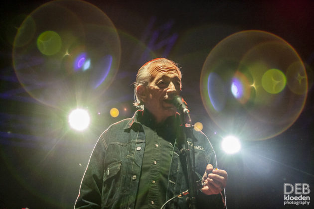 Picture of Charlie Musselwhite in concert by Australia music photographer Deb Kloeden