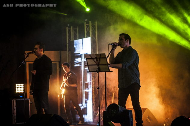 Picture of Gereh in concert in Iran by Iran music photographer Arman Shahrokh