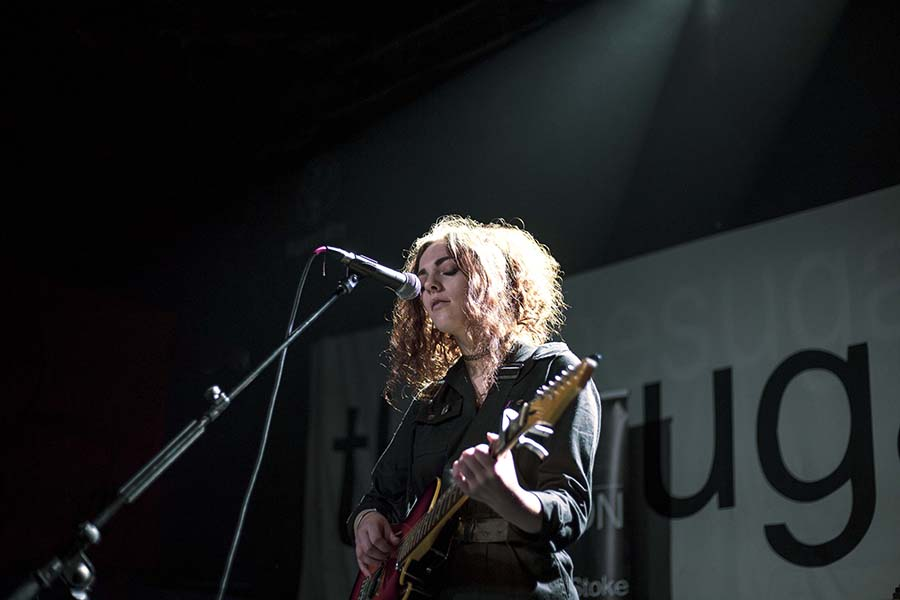 Picture of Kez Liddle in concert by Melissa Snape