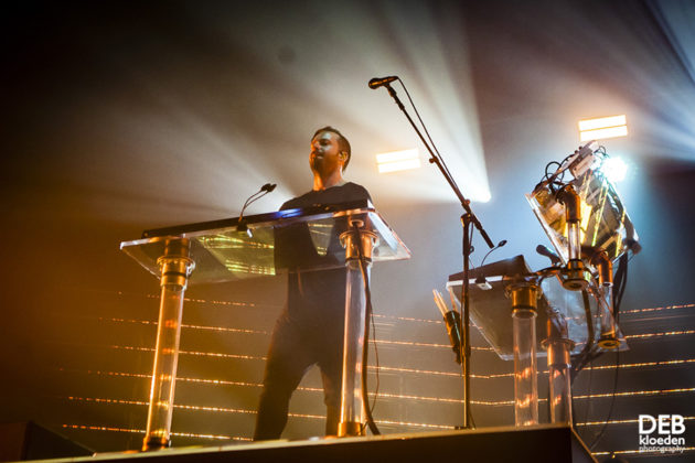 Picture of Rüfüs Du Sol in concert by Deb Kloeden