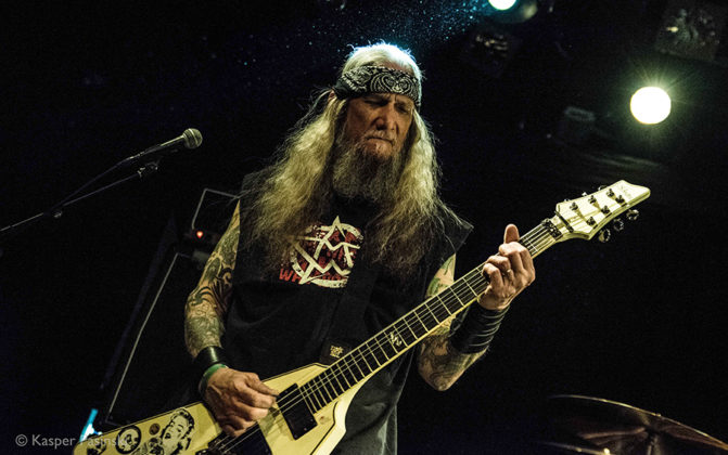 Picture of Saint Vitus in concert taken by the Denmark music photographer Kasper Pasinski