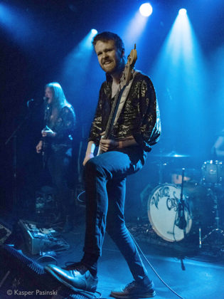Picture of the rock band The Vintage Caravan in concert taken by Kasper Pasinski