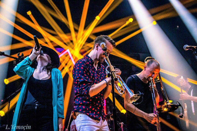 Picture of the Avant-Garde band Diablo Swing Orchestra in concert taken by Turkey music photographer Lacin Temocin