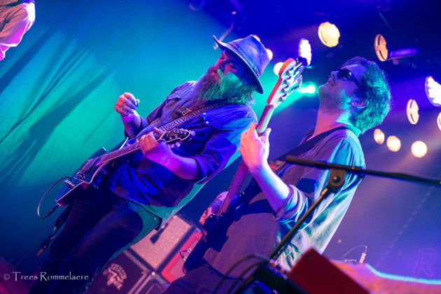 Picture of the Southern rock band Robert Jon & the Wreck in concert taken by Trees Rommelaere
