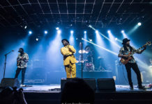 Picture of the rock band Living Colour in concert in Brazil taken by Leca Suzuki