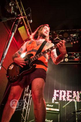 Picture of the punk band Frenzal Rhomb in concert taken by Aki Fujita Taguchi