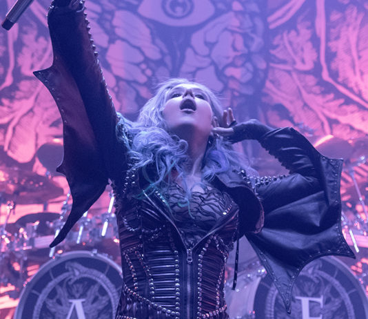 Picture of the Melodic Death Metal band Arch Enemy in concert taken by Lennart Håård