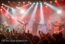 Picture of Grailknights in concert by Go Imai