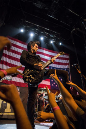 Picture of the group Anti-Flag in concert taken by Leyda Luz