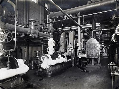 Pontifex engine room
