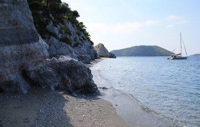 Skopelos 2010 - pláž Hovolo