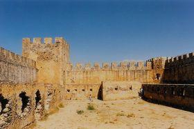 pevnost - vnitřní prostory