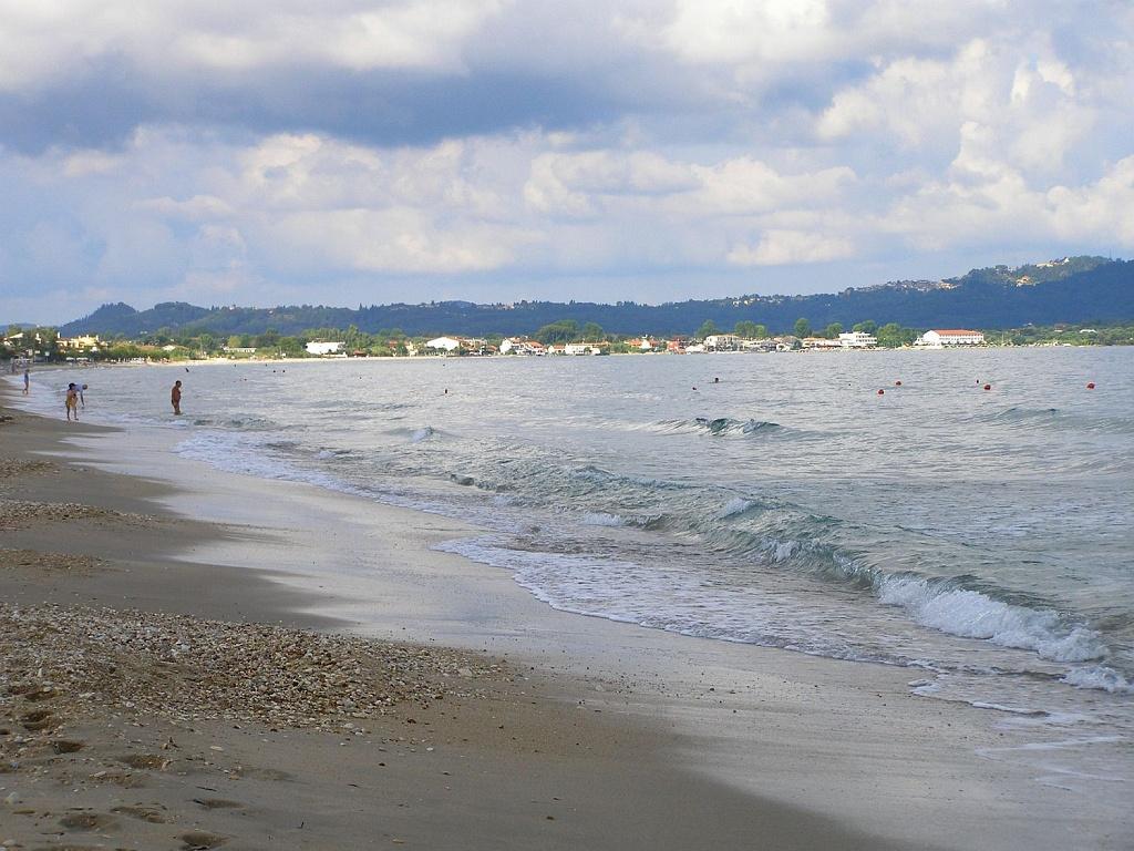 Pláž v Acharavi