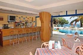 Russos Beach Club