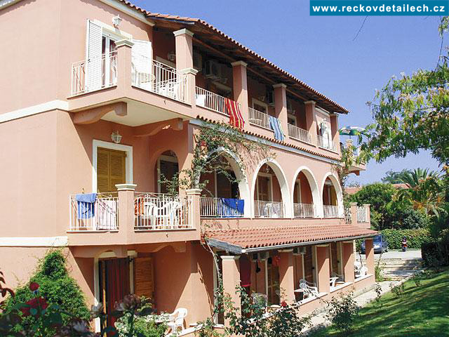Apartmány Helen Village
