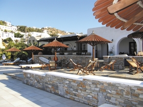 Petros Place & Yialos Beach
