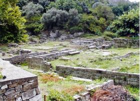 Limenas - ruiny chrámu Poseidona /4. stol. př. n. l./