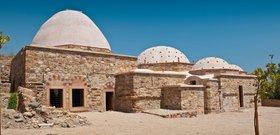Byzantské lázně uvnitř staré pevnosti...