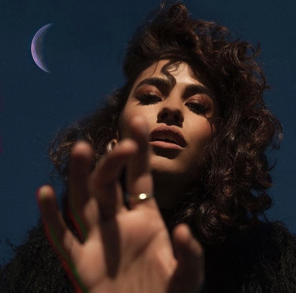 "Nieuwe single Charlotte OC – ""Satellite"""