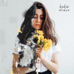 dodie - Human (★★★★): Eenvoudige, maar perfect afgewerkte nummers vol eigenheid