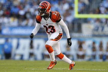 6-tie-terence-newman-cb_pg_600