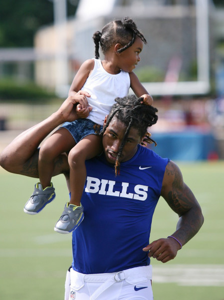 AP BILLS CAMP FOOTBALL S FBN USA NY