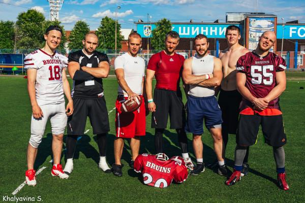 Игроки «Брюинс» на отборочном лагере сборной России в Ярославле. Фото Светланы Халявиной