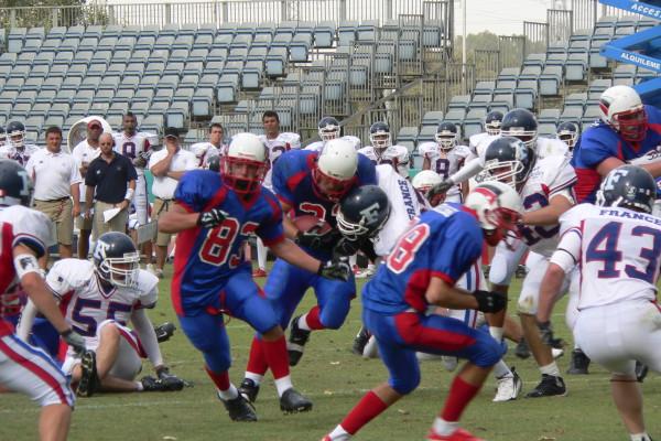 Юниоры сборной России против сверстников из Франции, 2008 год. Фото из архива americanfootball.ru