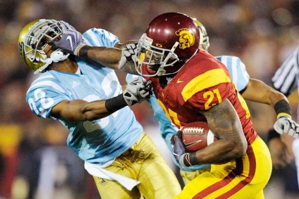 USC-UCLA-Football-93470991_10