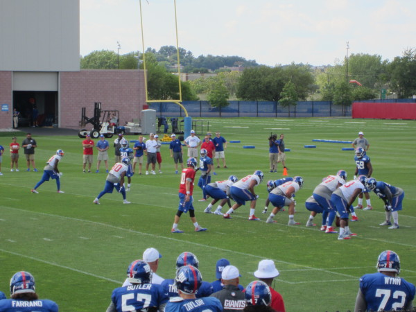 giants training camp eli manning