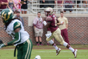 Sept. 12, 2015: Florida State QB Everett Golson looks to pass during the game between Florida State and the University of South Florida at Doak Campbell Stadium in Tallahassee, FL.