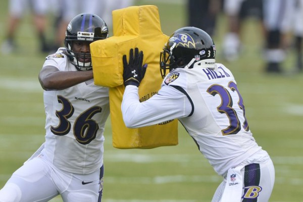 will-hill-nick-perry-nfl-baltimore-ravens-training-camp2-850x560