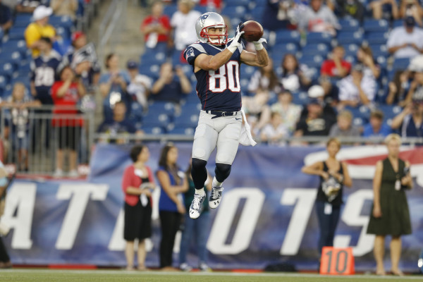 buccaneers-patriots-football-danny-amendola_pg_600