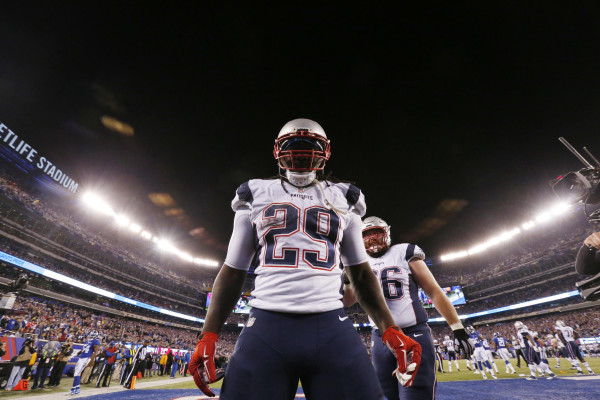 New England Patriots' LeGarrette Blount (29) reacts after a play during the second half of an NFL football game against the New York Giants Sunday Nov. 15, 2015, in East Rutherford, N.J. (AP Photo/Julio Cortez)
