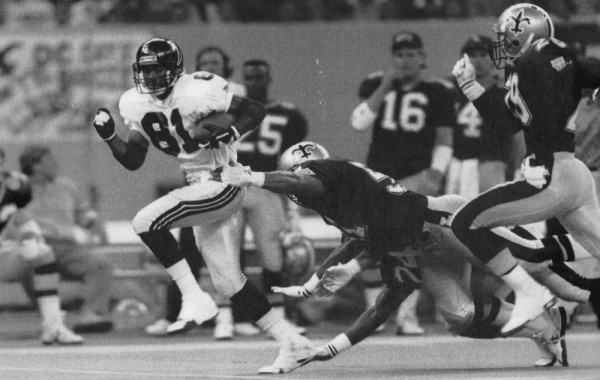 Falcons' Michael Hayes breaks away for go ahead TD vs. Saints in 1991. AJC file photo