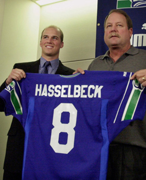 hasselbeck_signed