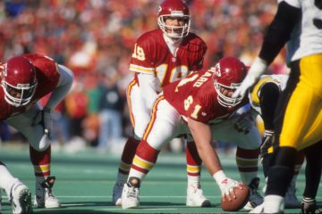 1993 AFC Wild Card Game - Pittsburgh Steelers v Kansas City Chiefs