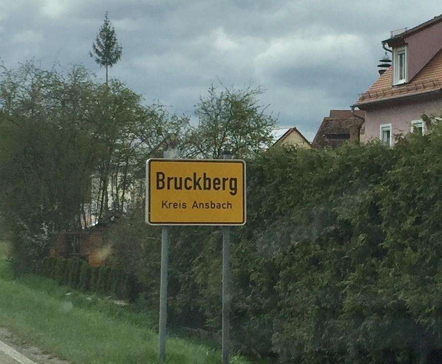 bruckberg fahren ohne fahrerlaubnis fr. Black Bedroom Furniture Sets. Home Design Ideas
